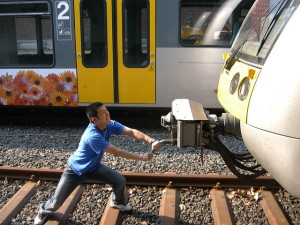 060508 stop train